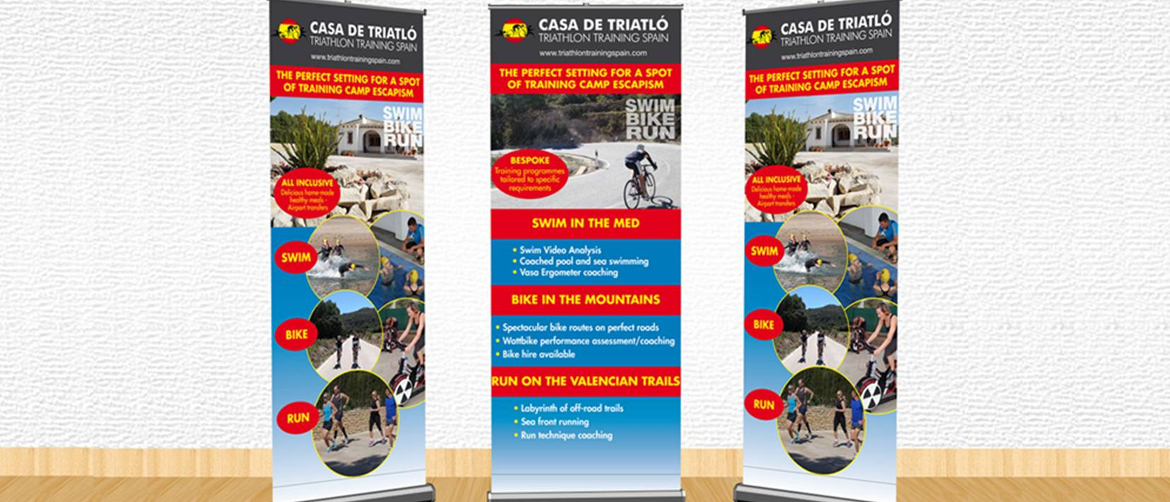 roll-up exhibition banners